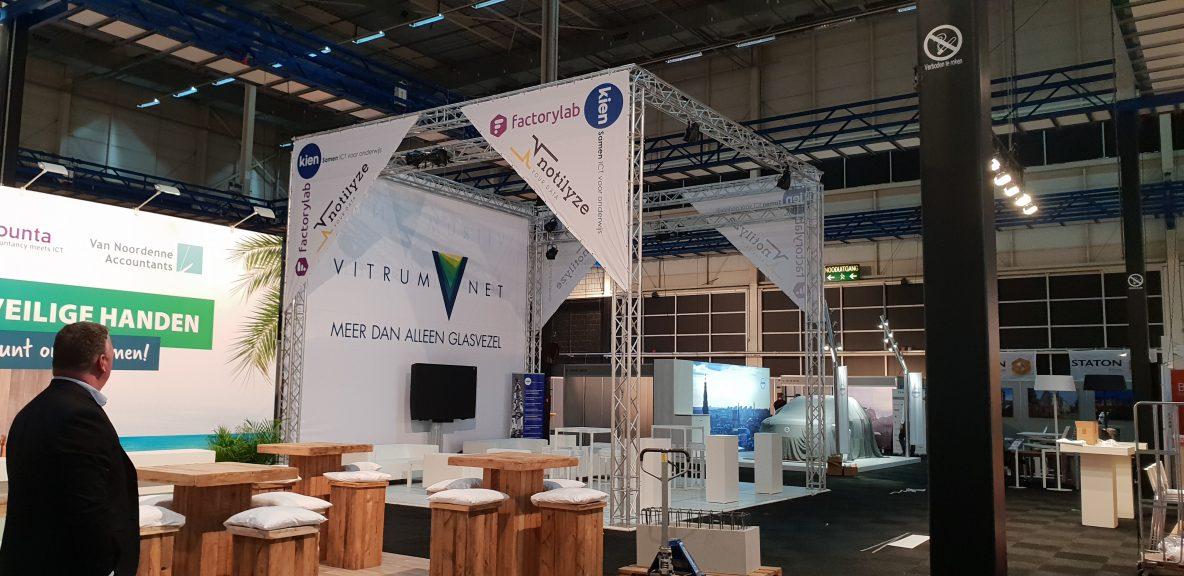 VitrumNet aanbouw stand Fenexpo 2018